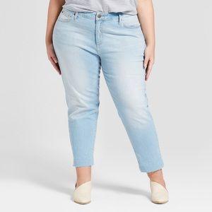 Universal thread boyfriend crop jeans 16w raw edge